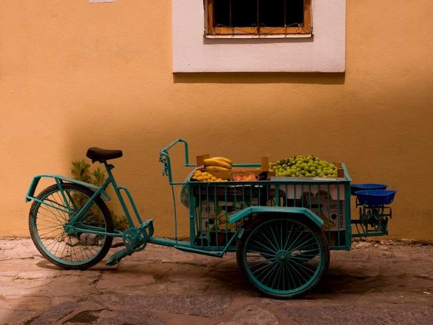 Carrinho de bicicleta de fornecedores em kusadasi turquia