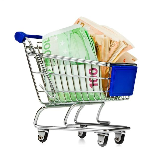 Carrinho de compras com dinheiro