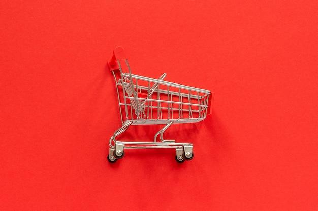 Carrinho de compras vazio pequeno carrinho