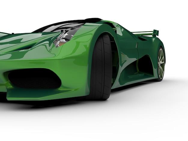 Carro-conceito de corrida verde