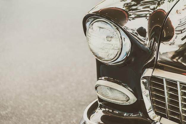 Carro cromo luz de transporte brilhante