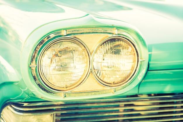 Carro da lâmpada do farol
