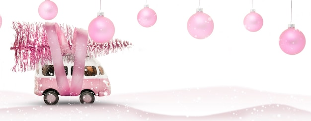 Carro de ônibus de brinquedo e bolas de natal com espaço de cópia