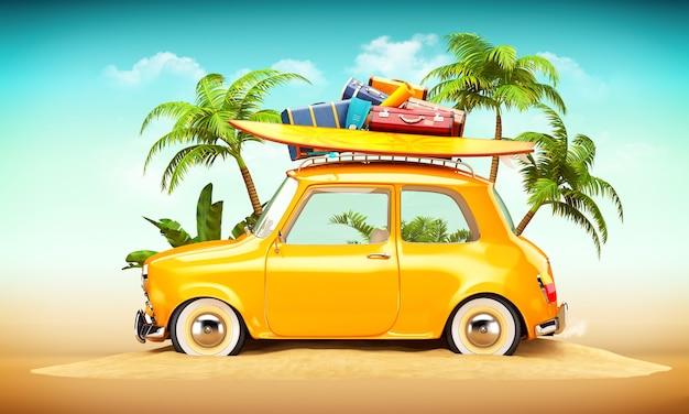 Carro retrô engraçado com prancha de surf e malas em uma praia com palmas atrás