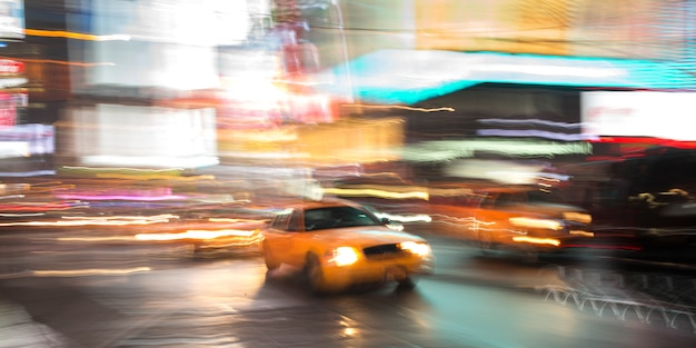 Carros, mover-se, um, rua, cronometra quadre, manhattan, cidade nova iorque, estado nova iorque, eua