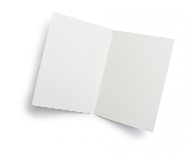 Carta aberta de white papers em branco isolada
