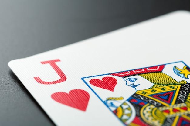 Carta de jogo em cinza