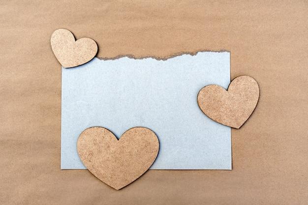 Cartão com corações com espaço de cópia para design