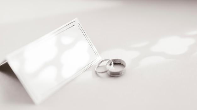 Cartão de casamento com anel de capina