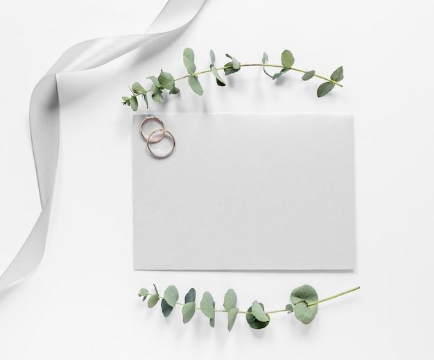 Cartão de casamento vista superior