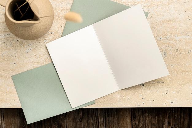 Cartão de convite estético em branco, decoração da casa