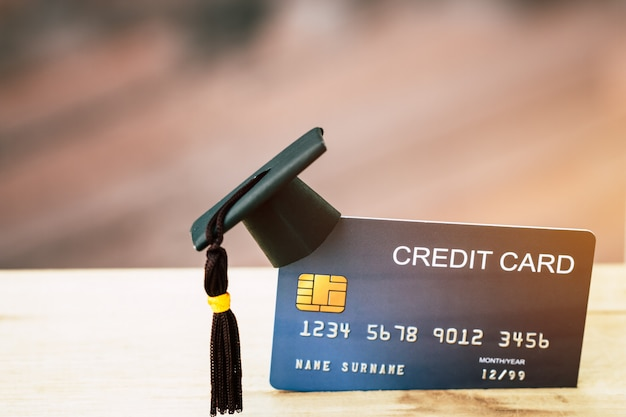 Cartão de crédito de pagamento de educação para estudo
