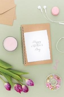 Cartão de dia das mães letras plana leigos