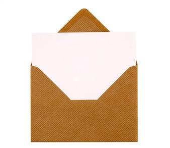 Cartão de mensagem dentro do envelope marrom