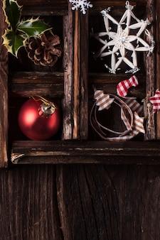 Cartão de natal com caixa de brinquedos