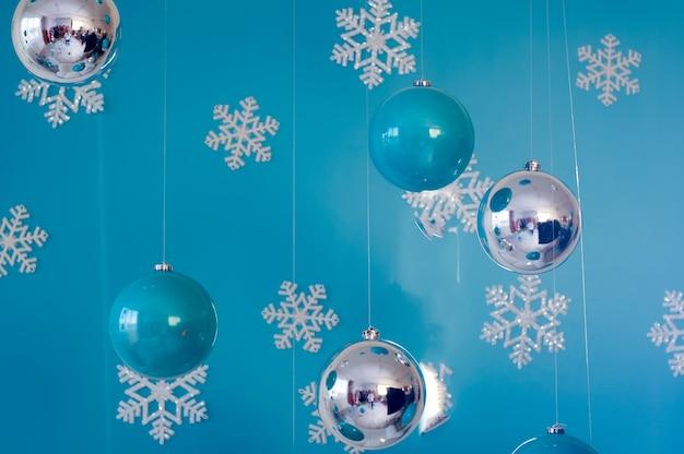 Cartão de natal com decoração