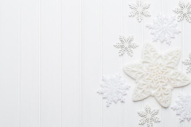 Cartão de natal com decorações rústicas de natal.