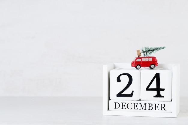 Cartão de natal. decoração festiva em fundo cinza. conceito de ano novo. copie o espaço. postura plana. vista do topo.