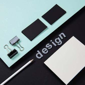 Cartão de visita de negócios de papelaria projetado