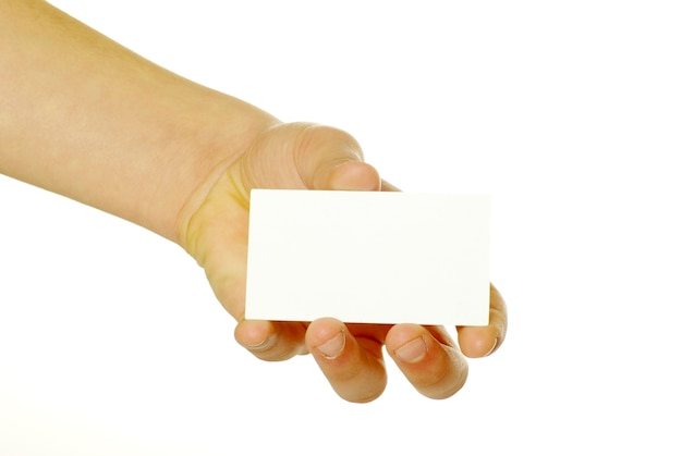 Cartão em branco em uma mão isolada no branco