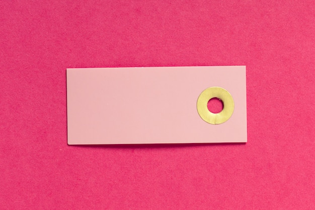 Cartão em branco ou tag em rosa