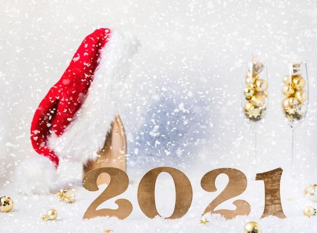 Cartão festivo de ano novo com números 2021.