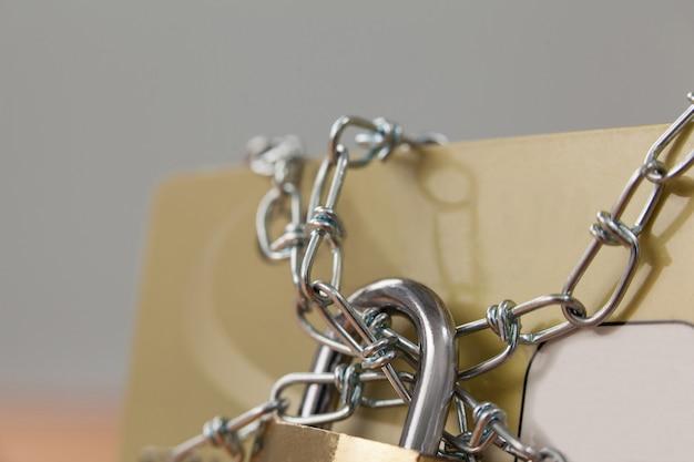 Cartão inteligente bloqueado em cadeia