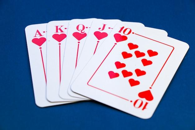 Cartas royal flush. jogo de cartas, cartas na mesa. poker e blackjack, cartas de jogar.