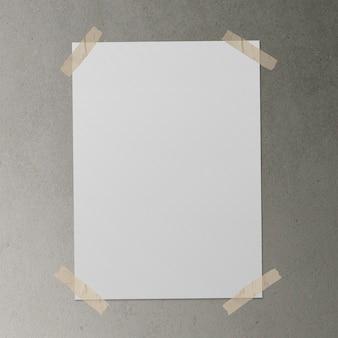 Cartaz com fita adesiva na superfície de concreto