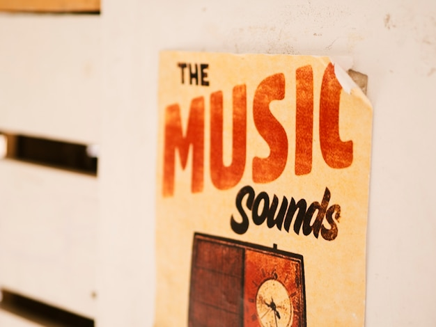 Cartaz com o conceito de música