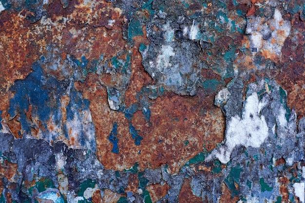Cartazes antigos. cartazes rasgados. papel rasgado