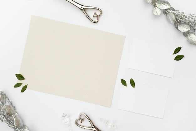 Cartões de casamento de maquete plana