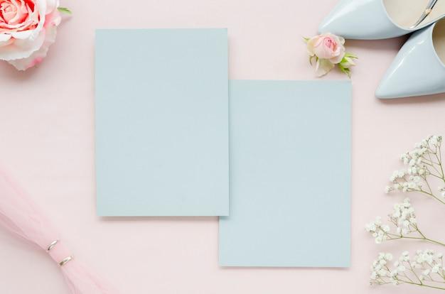 Cartões de casamento em branco liso leigos