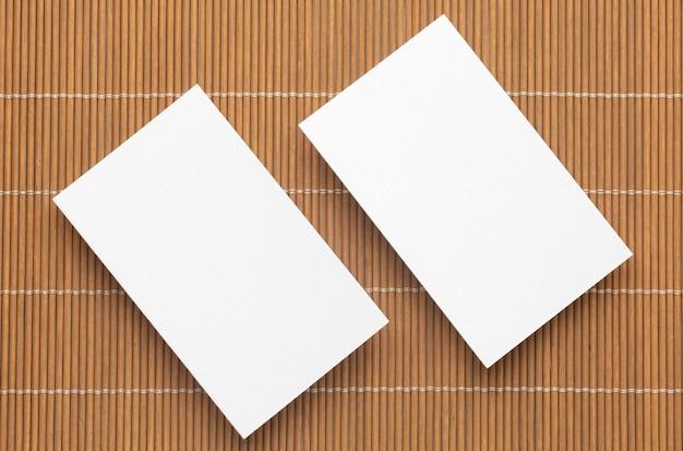 Cartões de visita em branco para papelaria