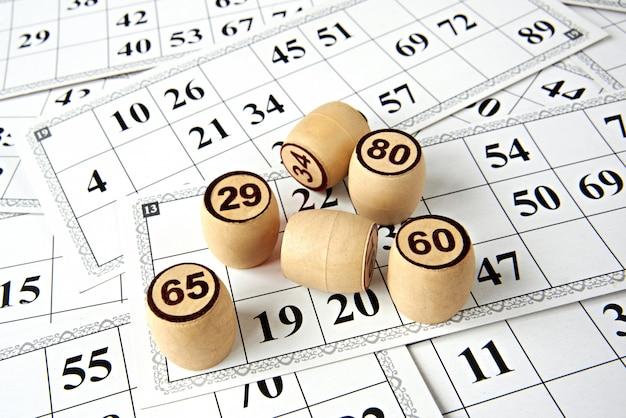 Cartões e figuras para a loteria