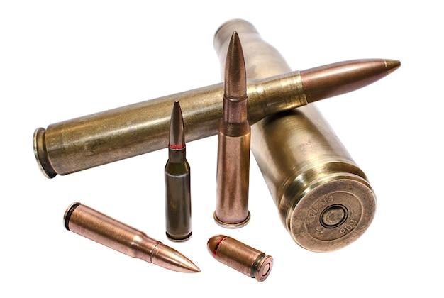 Cartuchos de conceito militar para metralhadora de grande calibre, rifle de assalto e revólver