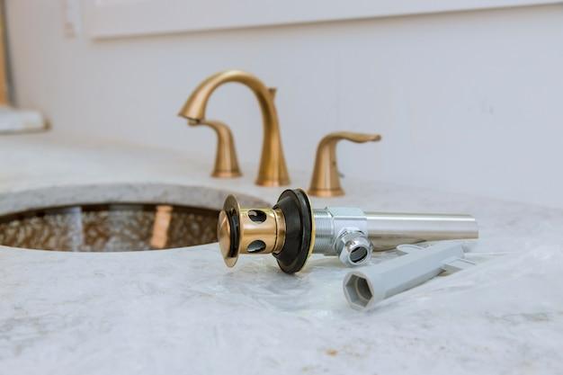 Casa de banho, serviço de reparo de encanamento, montar e instalar pia