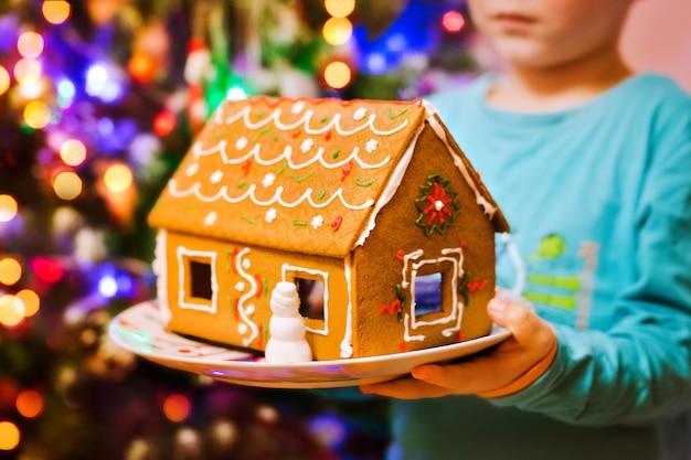 Casa de gengibre de natal