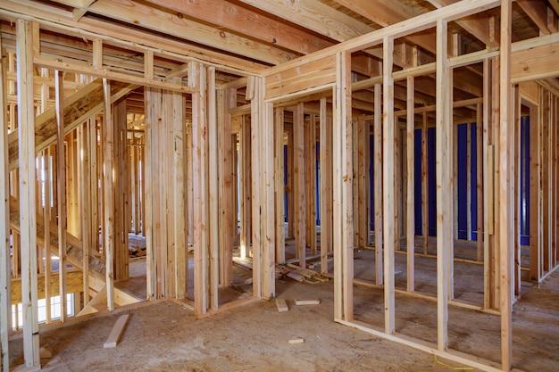 Casa de madeira construção casa enquadramento interior residencial casa