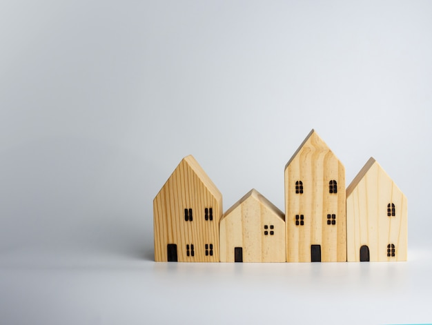Casa de madeira simulada. ideias de negócios imobiliários