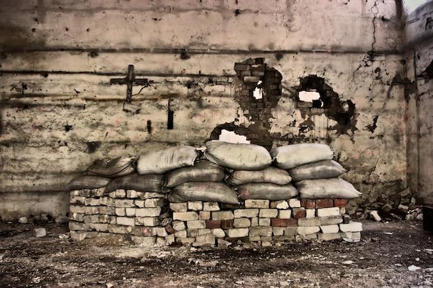 Casa velha e abandonada dentro hdr