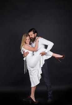 Casal dançando valsa dança paixão e conceito do amor valsa dançando salsa casal dançando tango