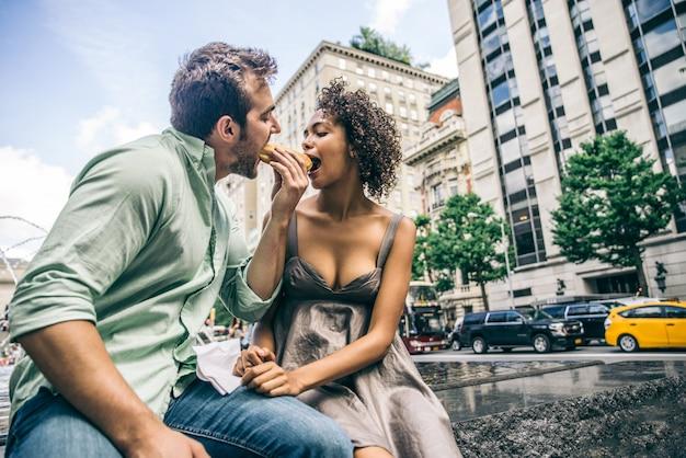 Casal de amantes no central park