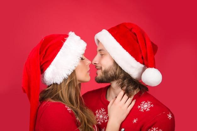 Casal de ano novo natal família publicidade emoções relacionamentos desconto de venda de ano novo