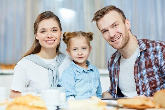 Casal e sua filha
