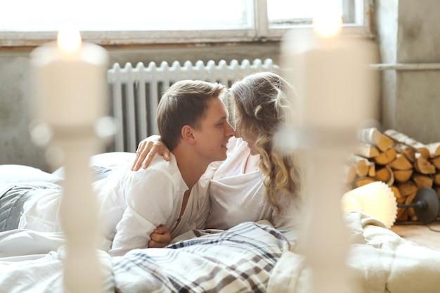 Casal em casa