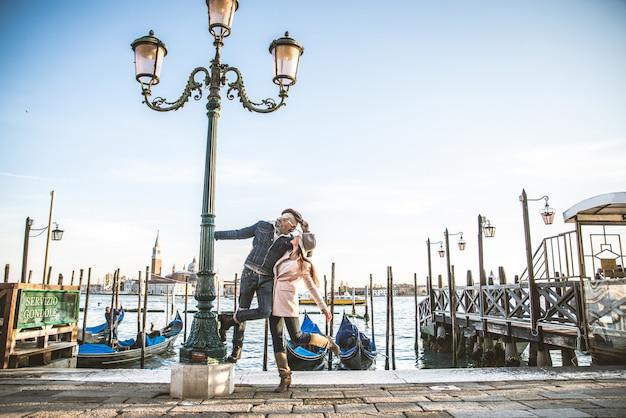 Casal em veneza