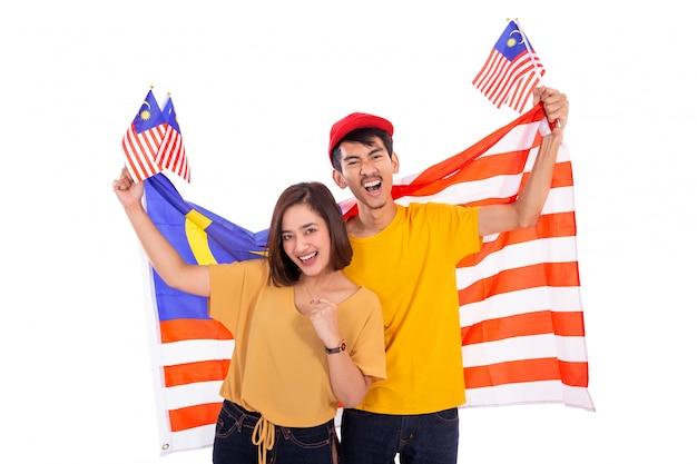 Casal malaio bandeira nacional da malásia