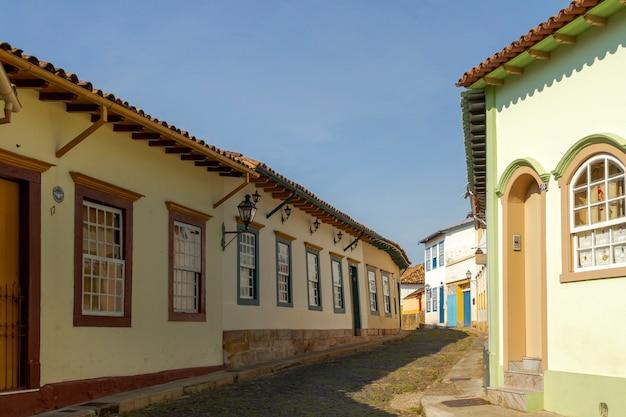 Casas coloniais na cidade de são joão del rey