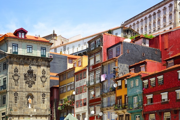 Casas coloridas no porto, portugal